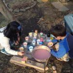 おうちプレーパークで子どもの創造力を伸ばそう!ちょっとぐらいちらかしてもいい日を作ろう!